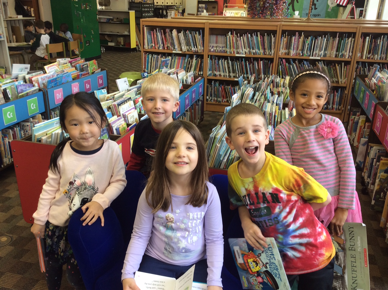 Julian Curtiss Students in the library.